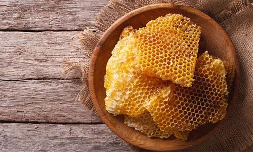 Пчелиный воск в составе медикаментов