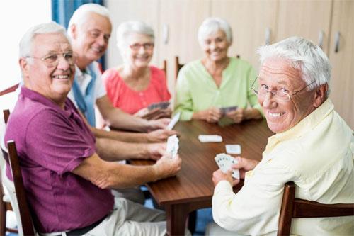 Пансионат для престарелых: особенности и ценность