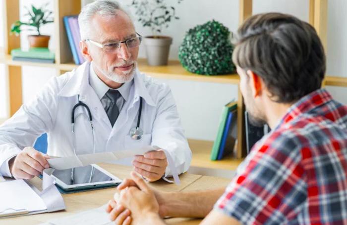 Вывод из запоя симптоматическим лечением в медицинском центре