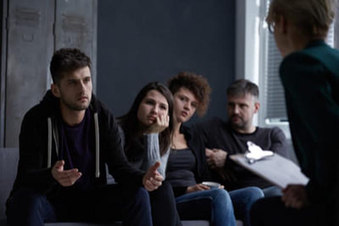 Особенности  социальной реабилитации наркозависимых